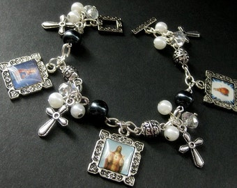 Religious Bracelet. Christian Bracelet in Navy Blue and Silver with Jesus and Mary Charms. Handmade Jewelry.