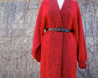 Vintage 80s / Red and Black / Knit / Oversized / Slouchy / Sweater / LARGE