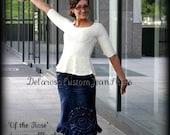DELAROSA Of The Rose Jean Skirt Custom elegant scalloped edge ruffling all the way around bottom size 0-2-4-6-8-10-12-14-16-18-20-22-24-26