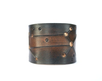 Mens gift leather cuff leo zodiac star sign