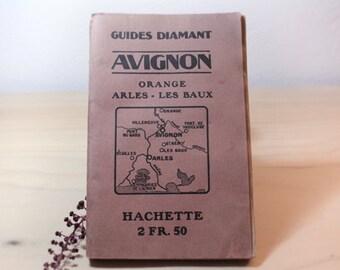 AVIGNON Travel Guide // Vintage FRENCH // HACHETTE