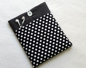 13 inch laptop sleeve, 11 inch laptop sleeve, 15 inch laptop sleeve, HP Folio case, padded case for Macbook - polka dots