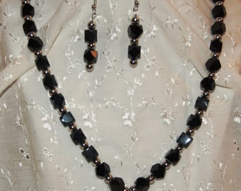 Black and Silver Glass Beads Necklace and Earrings