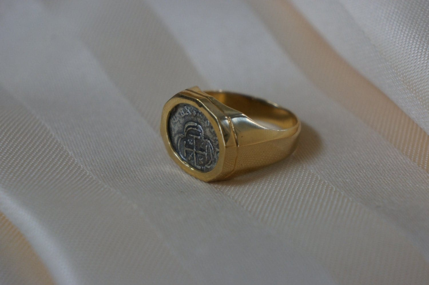 Shipwreck Coin Ring