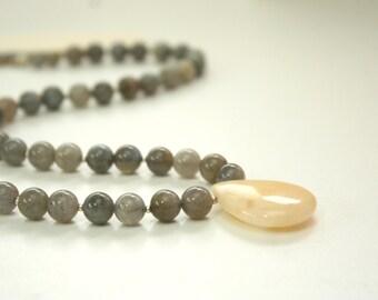 long drop necklace with pendant / labradorite necklace / labradorite jewelry / long pendant necklace / yellow gray necklace jade #751