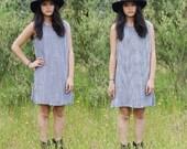 gingham vintage dress - shift dress - checker black white - sleeveless tank dress - summer mini dress - women medium large