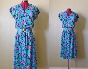 vintage FLORAL blue summer dress. 80's shirt dress