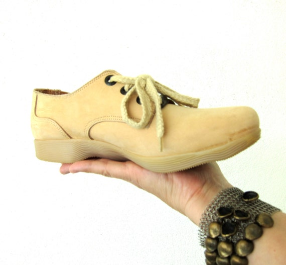 80s Vintage Famolare Oxford Shoes - Dance There - Taupe Nougat Suede - Italian Lace Up Oxfords - Wavy Gum Soles - 7.5 M