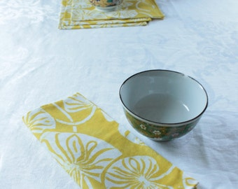 lilypad cotton napkins in chartreuse yellow