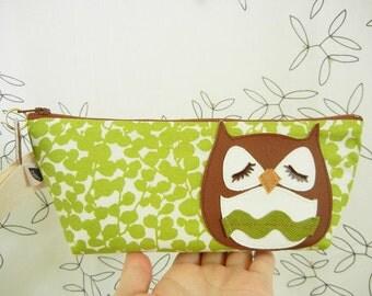 Stewart the Owl Green Spring Floral Cotton Canvas Carry All Case Vinyl Applique