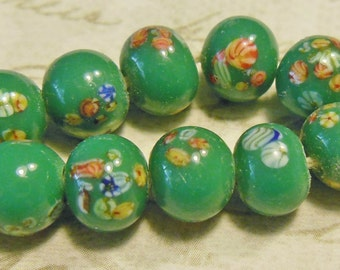 Vintage beads (10) millefiori flowers Japanese glass lampwork green emerald handmade 8mm  (10)