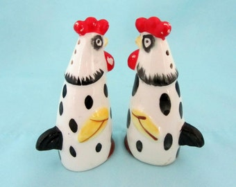 Mid Century Chicken Salt and Pepper Shakers from Japan