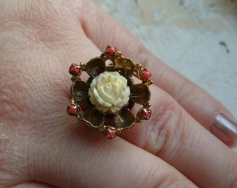 FREE SHIPPING Vintage Flower Ring with Adjustable Band