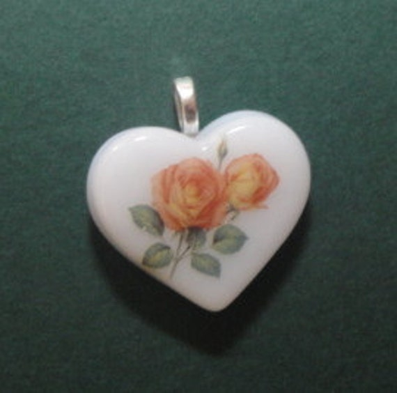Roses Heart Fused Glass Pendant, Valentines Day, Heart Pendant, Roses Pendant, Fused Glass Pendant