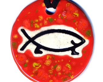 Happy Atheist Ceramic Necklace in Speckled Red