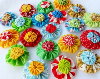 Fabric Flowers Hair Clip 40 CANDY Circus CUPCAKE Bright  Bobby Pin Barrette Ponytail Card Making Scrapbook YoYo Quilt Headband Embellishment