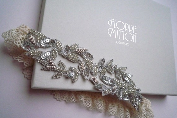 Aphrodite beaded garter