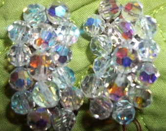 Kidney Shaped Vintage Crystal Cluster Earrings - Fit for a Fashionista