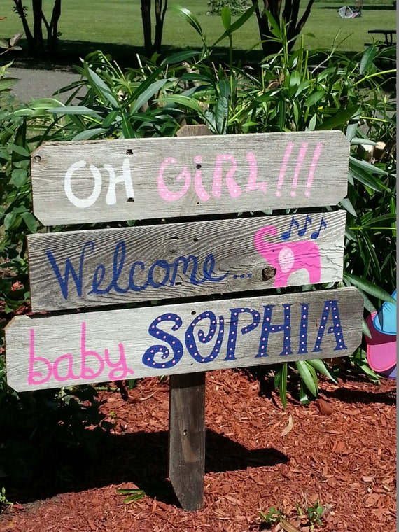 Baby shower sign decorations its a boy sign its a girl sign for Welcome home decorations for baby