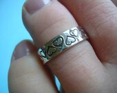 Sterling Silver Hand Stamped Heart Patterned Toe Ring