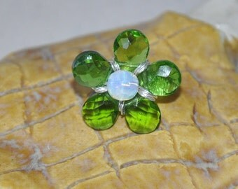 Wire Wrapped Ring, Flower Ring, Green Ring,Green Quartz, Opalite, Gemstone Ring, Fashion Jewelry, Custom Ring