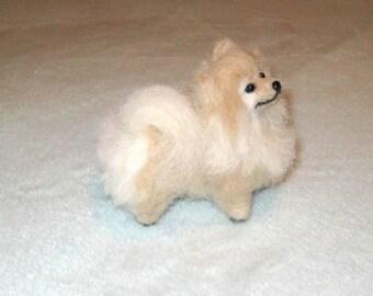 Needle Felted Dog / Custom Pet Portrait / Handmade / Cute / Poseable Art / example Pomeranian