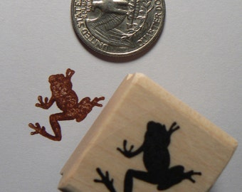 P24 Miniature tree frog rubber stamp Wm