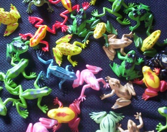 Frog  and Lizards Soaps   10  Reptile Party Favor Soaps