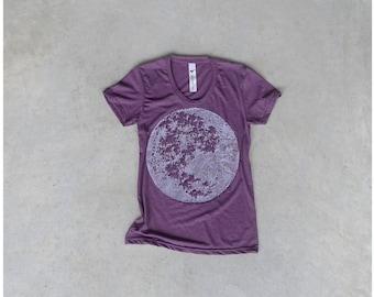 Tshirt for women. moon shirt. women t shirt. full moon on heather plum. women fashion. spring fashion. for her. purple and white