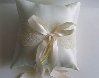 Custom Ring Bearer Pillow BETHANY Wedding Choose Ivory or white & Many Bow Colors