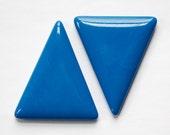 Vintage Blue Triangle Acrylic No Hole Findings (2) cab828B