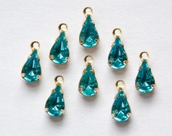 Vintage Aqua Blue Glass Faceted Teardrop Stones in 1 Loop Brass Setting par001R