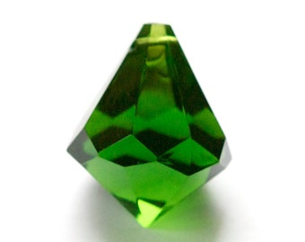 Vintage Large Faceted Acrylic Green Prism Pendant pnd158