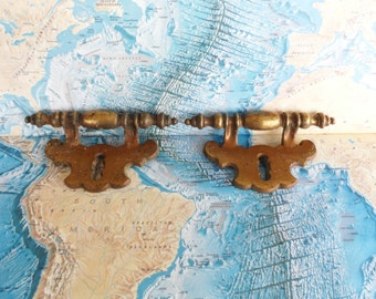 SALE! 2 vintage chunky brass metal pull handles w/faux keyholes