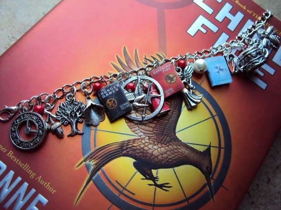 NEW ADULT SIZE HungerGames Books Fringe Charm Bracelet
