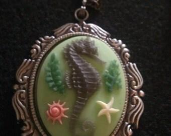 Seahorse, green, green seahorse, seahorse necklace, Cameo, seahorse cameo, necklace, tiki, mermaid, retro, pin up, READY TO SHIP
