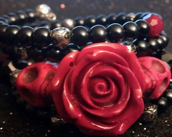 Skull, skull bracelet, day of the dead, dia de los muertos, skull flower, Red rose, Rockabilly, Sugar skull, Halloween, Skull Jewelry