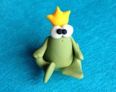 Prince Frog (Ranocchietto Verde) - A Little Polymer Clay Creation - No19