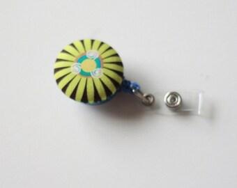 Badge Reel Id Holder green flower