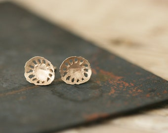 Kloro Studs - 9ct Gold Earrings