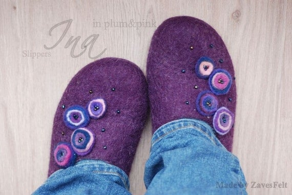 CUSTOM made slippers/ home shoes INA in plum