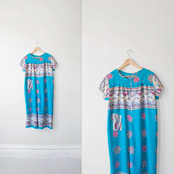 10 DOLLAR  SALE thailand vintage  turquoise batik print tent dress sz XL
