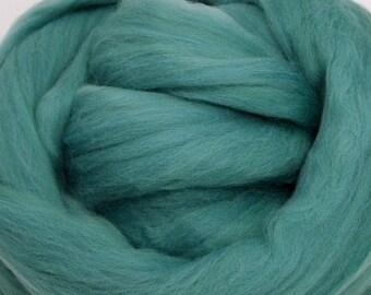 4 oz. Merino Wool Top - Green Tea - Ships Free
