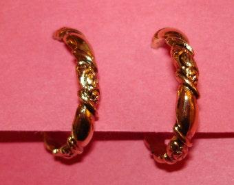 vintage twisted gold ornate hoops pierced earrings