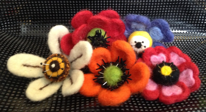 Patternfelted flowers - Needle felting design ideas ...