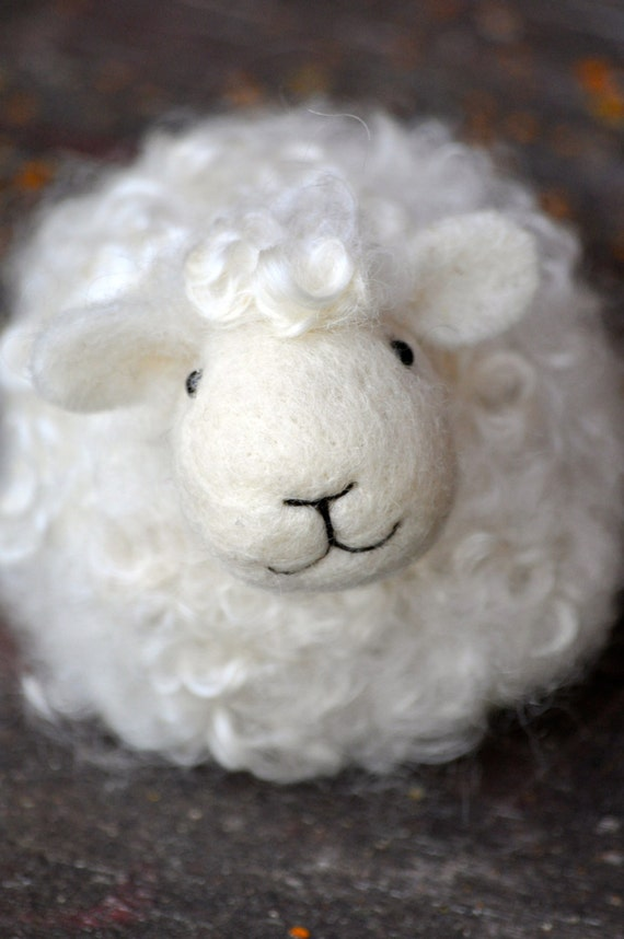 Needle Felting Kit - DIY Sheep for Beginners - everything you need