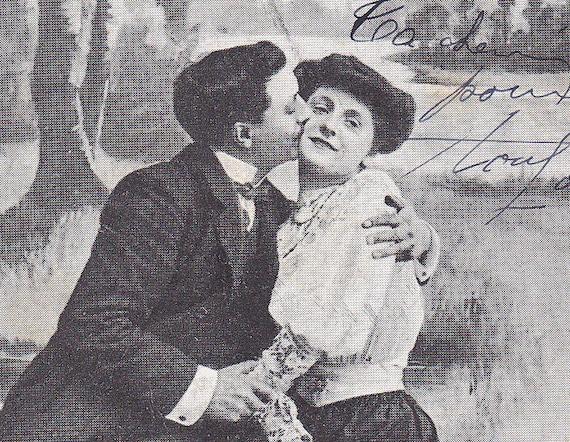 1900s French postcard, Couple kissing paper ephemera.