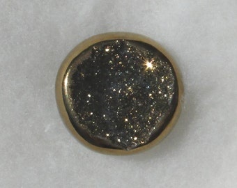 Gold round Titanium Drusy, lots of crystals, very flashy, 18.25mm, 11.21 carats          096-17-060