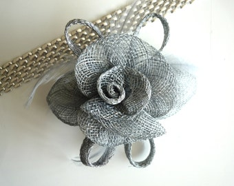 SINAMAY FASCINATOR and PIN,  Grey / 1006