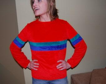 Camden 70s Velour Pullover Sporting Top
